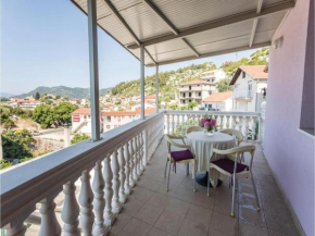 Two-Bedroom Apartment in Ploce