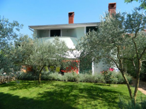 Holiday House Olania