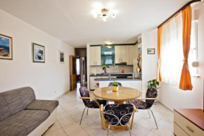 Fine Solin Apartment